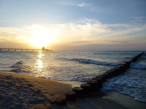 Sonnenuntergang an der Seebrücke