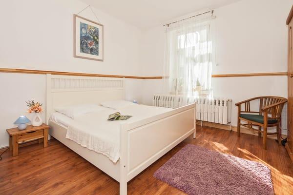 Villa See-Eck FeWo Erdgeschoss - Schlafzimmer 1
