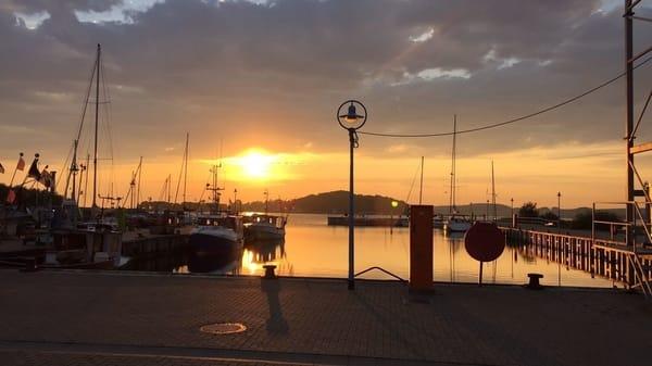 Hafen Thiessow am Frühen Abend