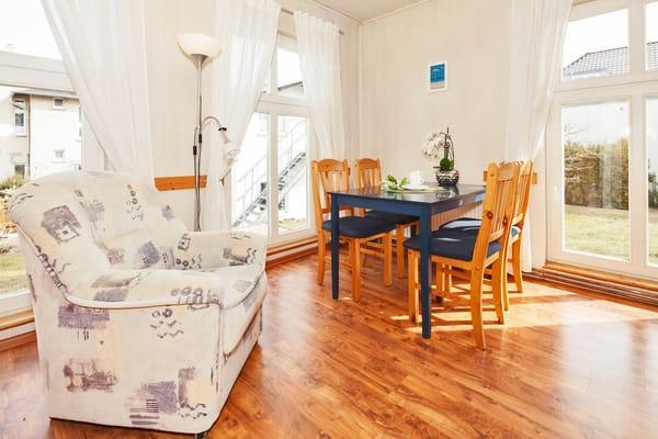 Ferienhaus Villa See-Eck - Wohnraum Ansicht 2