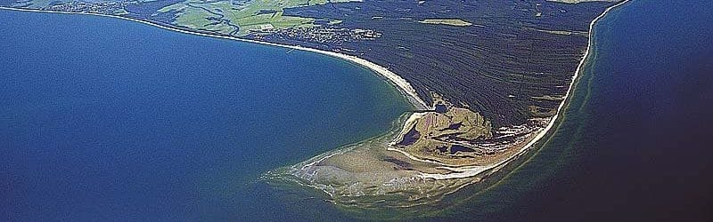 Die Prerower Ostseebucht auf dem Darß mit Nord- und Weststrand