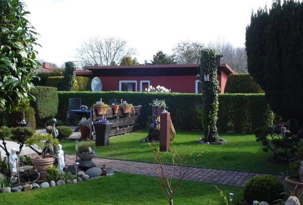 Bungalow LEE mit Garten