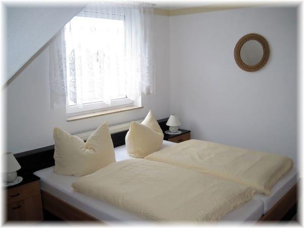 Schlafzimmer für 2Pers.