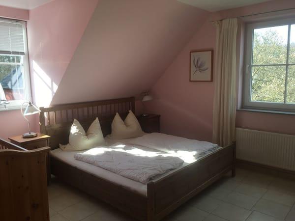 Separat abgeschlossenes Schlafzimmer