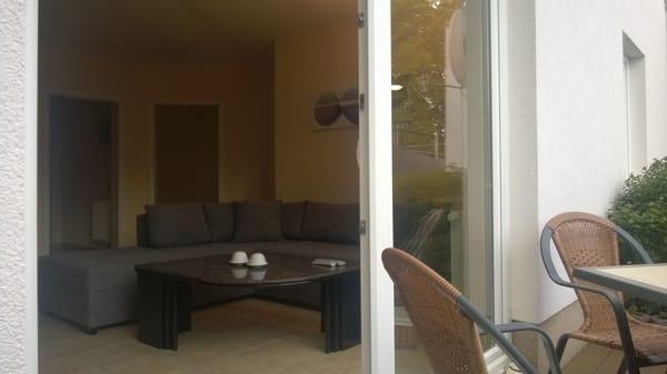 Terrasse und Wohnbereich