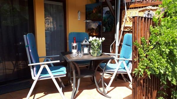 Tür zur Ferienwohnung mit Terrasse