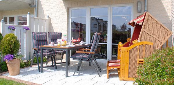So schön kann Urlaub sein! Nehmen Sie Platz auf unserer großen Terrasse...