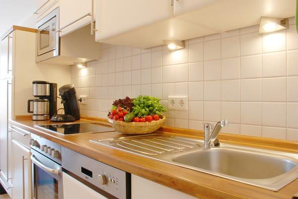 Zaubern Sie ein leckeres Essen in dieser modernen und hochwertigen Küche und...