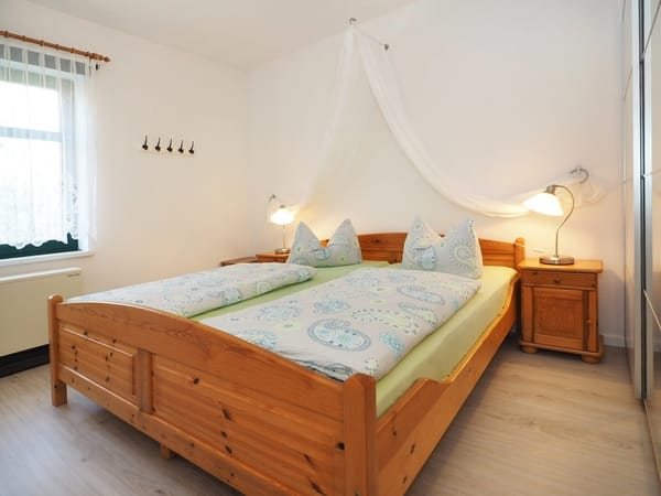 Traumhafte Nächte auf gut gefederten Matratzen - gerne stellen wir ein Kinderbett dazu
