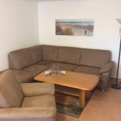 Wohnzimmer - Couchgarnitur