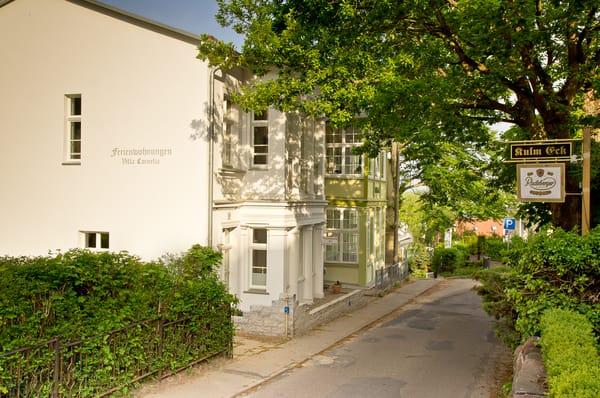 Hausansicht Villa Cornelia/ Talblick