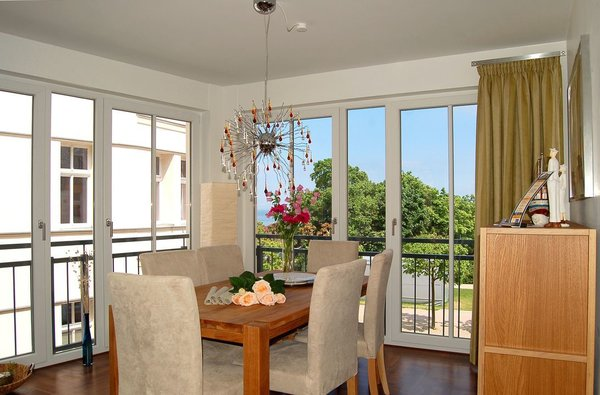 Bis 4 personen 70 qm wohnbereich mit küchenzeile 1 schlafzimmer mit doppelbett tv 1 schlafzimmer mit 2 einzelbetten tv küchenzeile wc