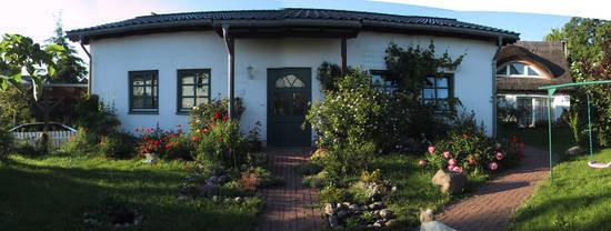 Eingang und Terrasse