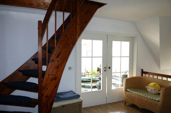 Großzügiger Dielenbereich mit Aufgang zum Dachgeschoss