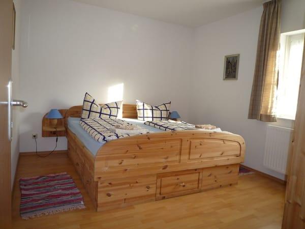Elternschlafzimmer im Erdgeschoss