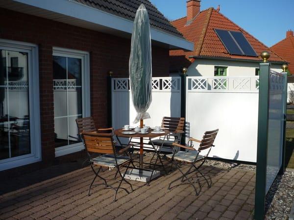 Südseite mit Terrasse