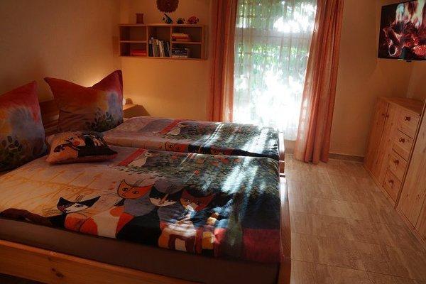 Schlafzimmer im Sonnenlicht