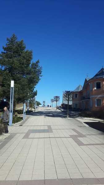Weg von der FeWo zur Strandpromenade und Strand