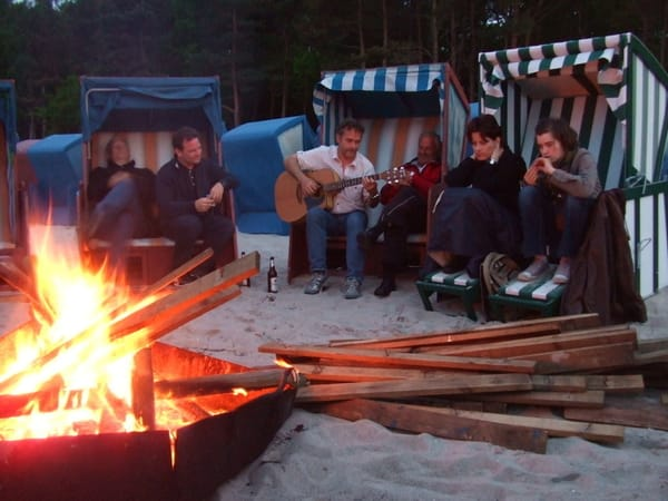 Strandkorbverleih, Feuerschale