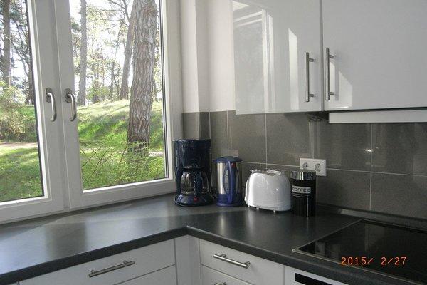 Küche mit Blick in den Park