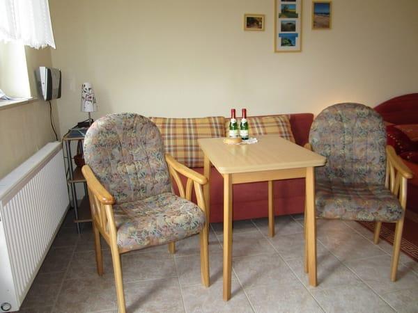 Eß-u.Sitzbereich in Ferienzimmer