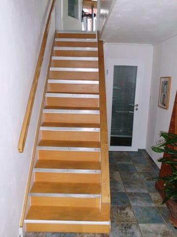 Treppenaufgang zur Ferienwohnung