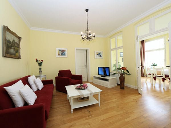 villa charlottes h h 2 zimmer ferienwohnung app 2 heringsdorf usedom ostsee. Black Bedroom Furniture Sets. Home Design Ideas