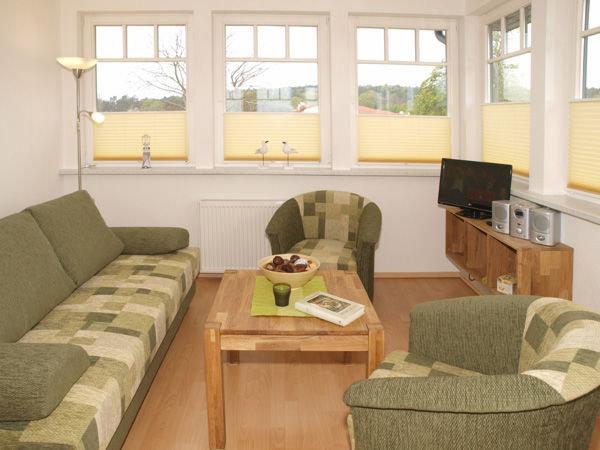 Galerie mit gemütlicher Sitzecke (Sofa mit Schlaffunktion)