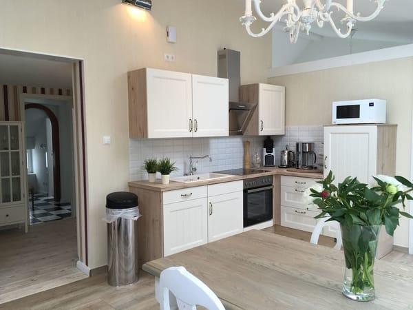 Moderne Landhaus-Wohnküche