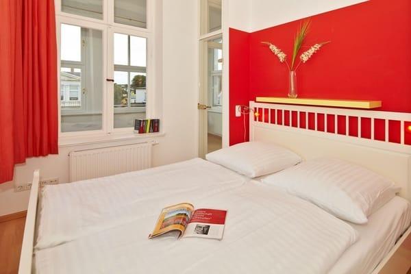 Schlafzimmer Nr. 2 auch mit Doppelbett - ideales Urlaubsdomizil auch für 4 Erwachsene