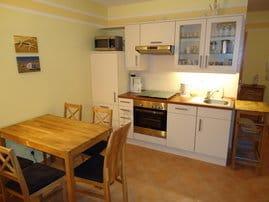 Einbauküche komplett ausgestattet