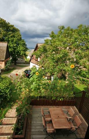 Terrasse von oben aus dem Schlafbereich betrachtet