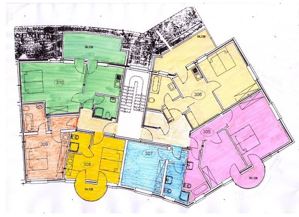 Grundriss unserer Wohnungen im Rondell: Whg 308 ockergelb li. unten mittig