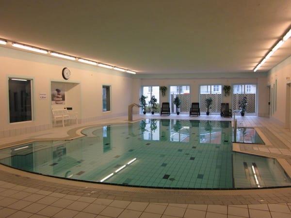 Benutzung des hauseigenen Schwimmbades inklusiv