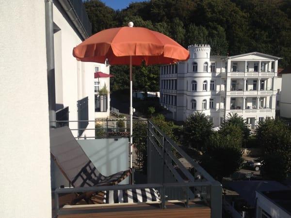 Relaxen und Sonnenbaden auf dem 2. Balkon