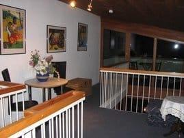 Galerie mit Zugang zum Balkon