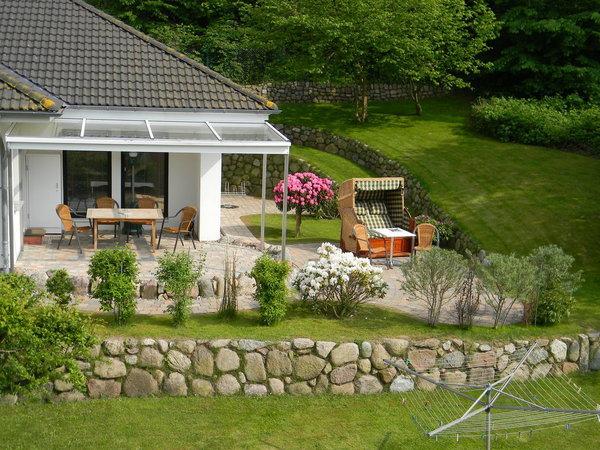 Von der großen Ferienwohnung Blick in den Garten