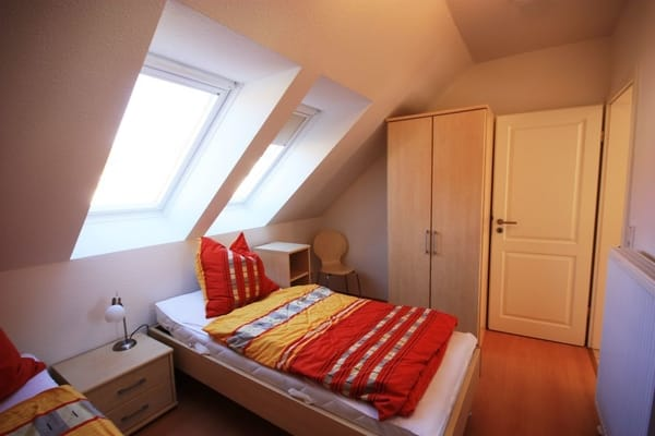 Schlafzimmer mit Einzelbetten (zusammenstellbar)