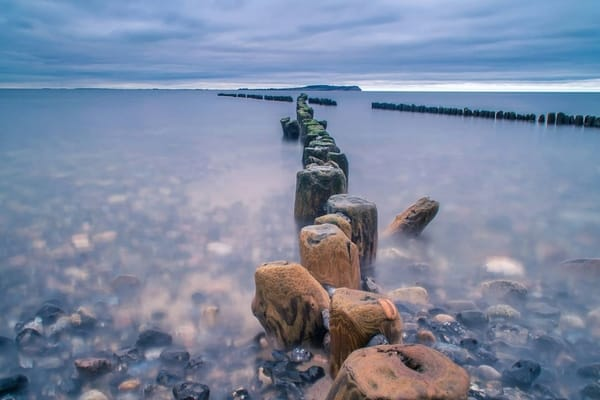 Blick vom Dransker Strand zur Insel Hiddensee