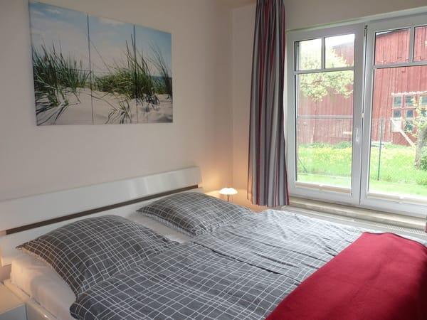 Schlafzimmer ( Matratzengröße 90 x 200 cm )