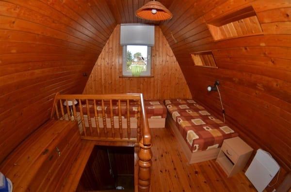Schlafzimmer 2 mit zwei Liegen