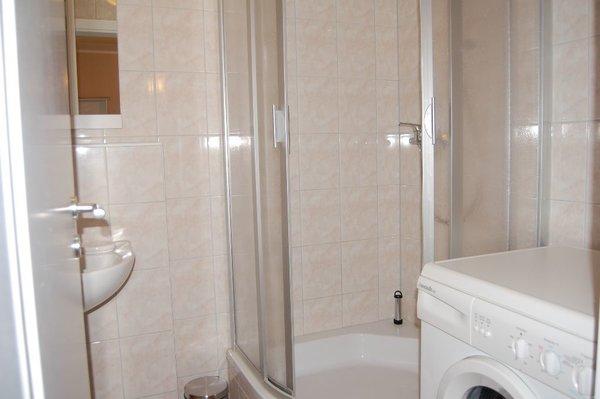 Duschbad im EG mit Waschmaschine