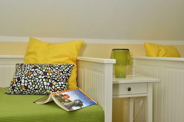 Schlafzimmer mit zwei Einzelbetten nutzbar als Kinderzimmer oder Einzelpersonen