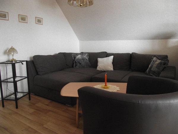 Wohnlandschaft mit Doppelschlafplatz im Wohnzimmer