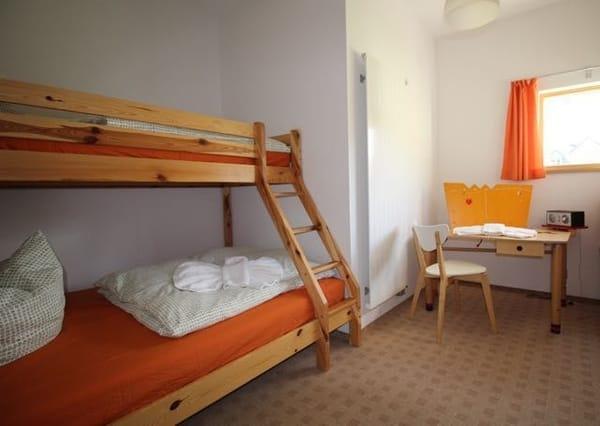Schlafzimmer 2 - Doppelstockbett, Liegefläche unten 1,40 m