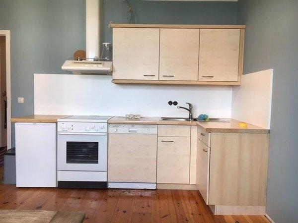 Küchenzeile / Wohnen