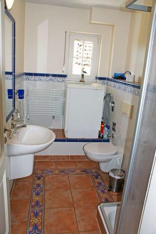 Ferienwohnung Hafenidyll Nr. 11 - Bad mit DU/WC