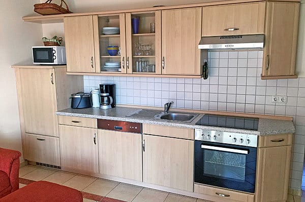 Ferienwohnung Hafenidyll Nr. 11 - vollständige Küchenzeile