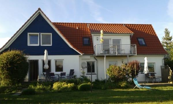 Ferienhaushälfte mit Terrasse, links