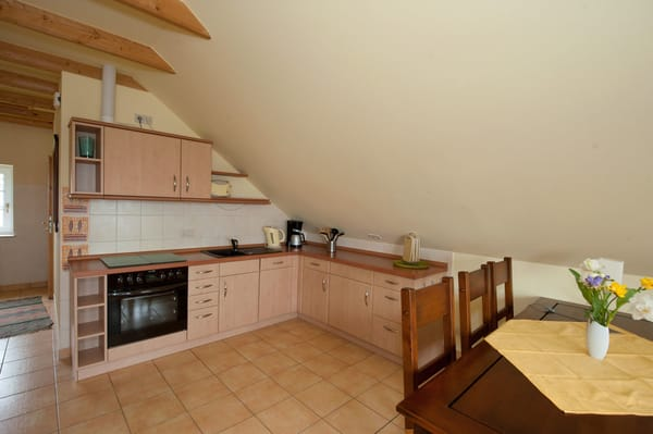 In der Küche finden Sie u.a. einen Geschirrspüler, Espressomaschine, Toaster, Kaffeemaschine